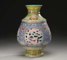 500k Qianlong Revolving Vase Sothebys Fine Chinese Ceramics & Works of Art - New York | 11 - 12 September 2012