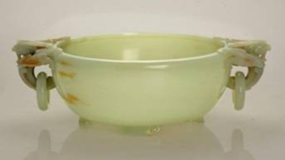 Chinese Jade bowl sold for £260,000 at Chorleys