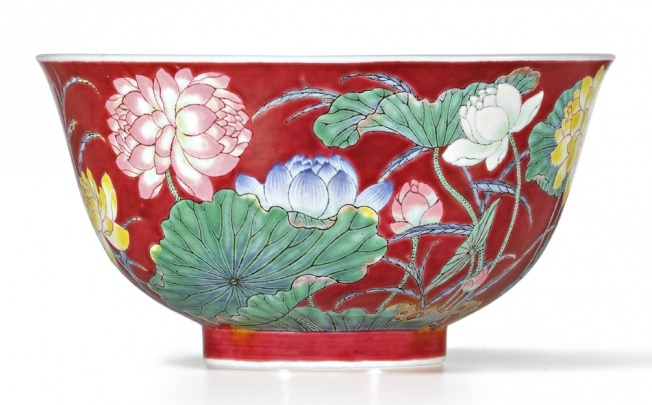 "Who Bought That Ruby-ground Falancai ""Double Lotus"" Bowl ?"