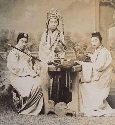 Collection Of Interesting Chinese Social History Photographs Coming Up For Auction