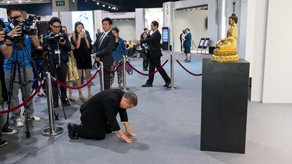 Zhen Huaxing Pays $30 Million For Yongle Buddha