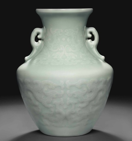 QIANLONG CELADON GLAZED ARCHAISTIC VASE TOPS CHRISTIE'S NEW YORK AT $1,445,000