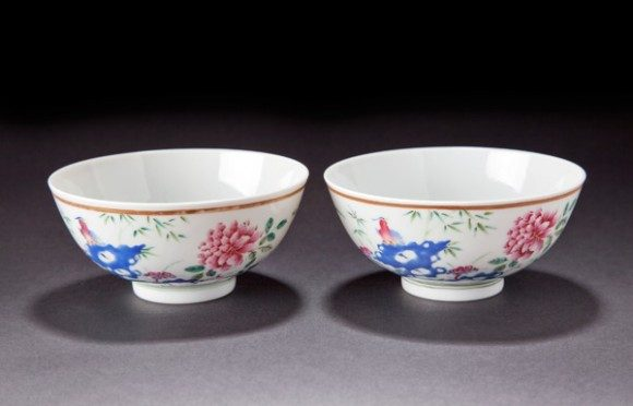 A Pair Of Famille Rose Guangux Bowls