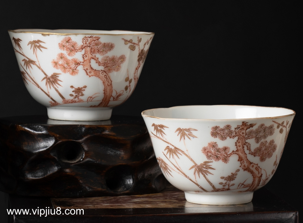 A Pair Of Tongzhi Three Friends Of Winter Bowls